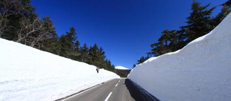 雪の回廊(磐梯吾妻スカイライン|福島市)